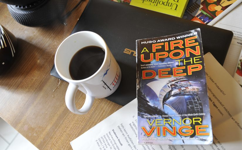 Vernor Vinge – A fire upon the deep